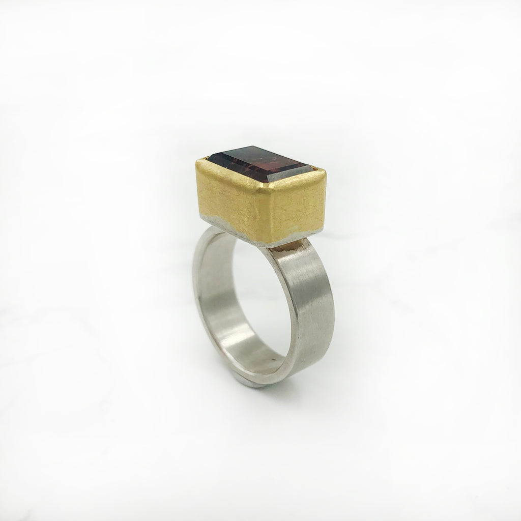 Sam  Woehrmann - Pink Tourmaline Ring with Gold Setting