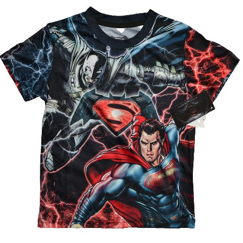OFFICIAL BATMAN VS SUPERMAN YOUTH TEE