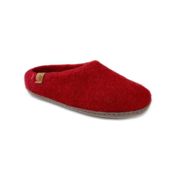 Product photo of Baabushka's red slipper with leather sole.
