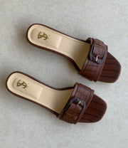 Brown Textured Clipped Flats
