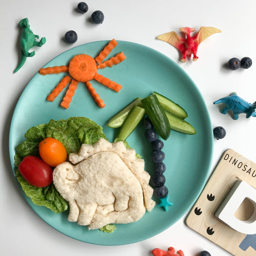 Lunch punch sandwich cutter- dinosaur