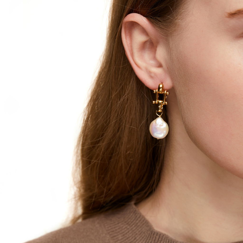 Gold Baroque PM Pearl Earrings