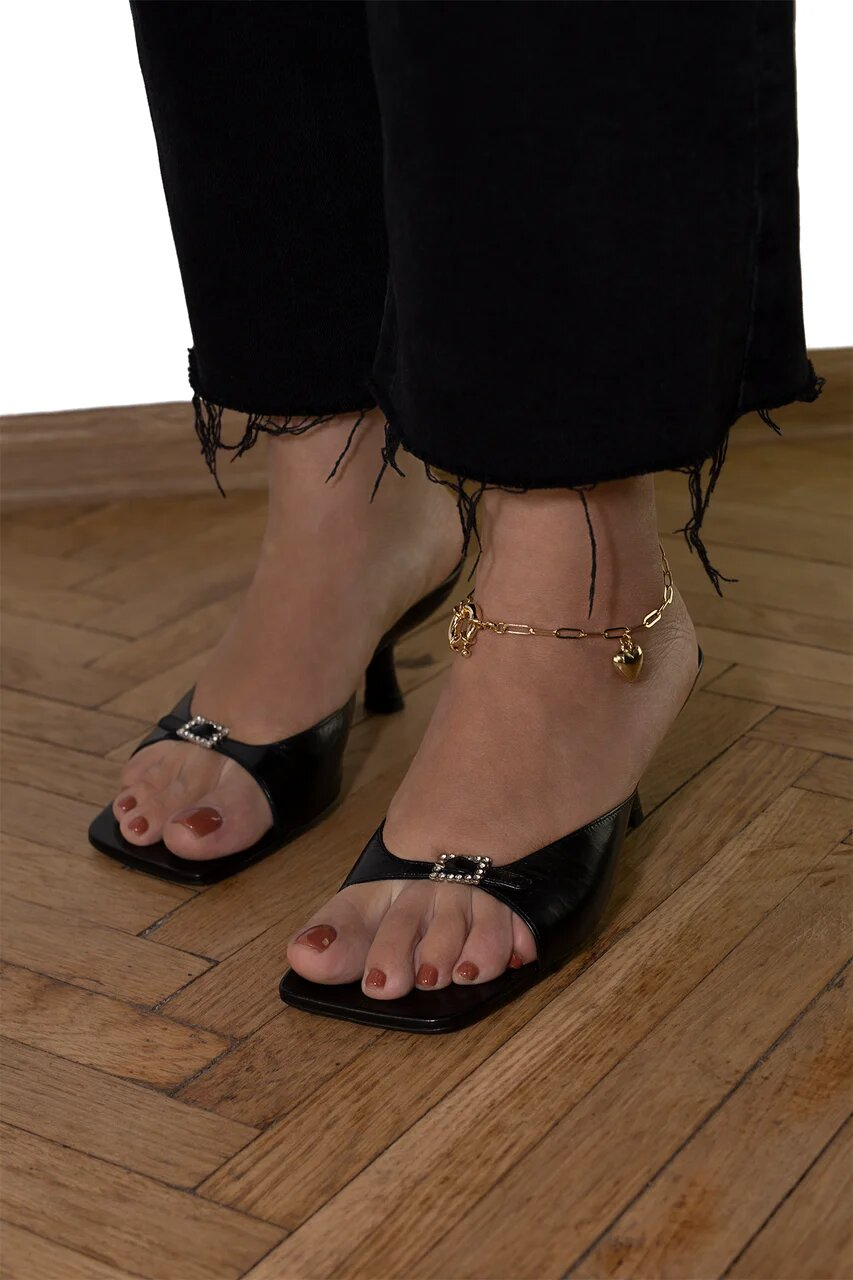 Gold Foot Anklet With Heart