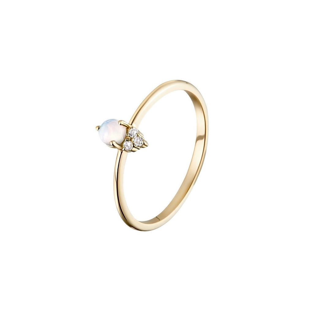 Gold Ring with Opal and Diamonds