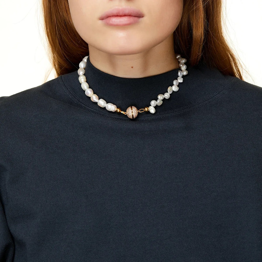Fever Night Choker