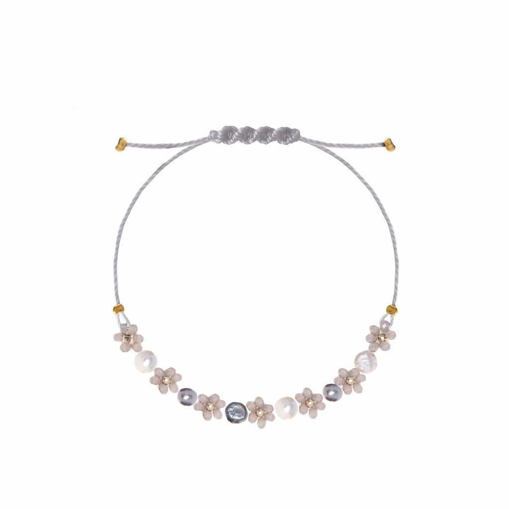 Flowers and Pearls Bracelet Grey