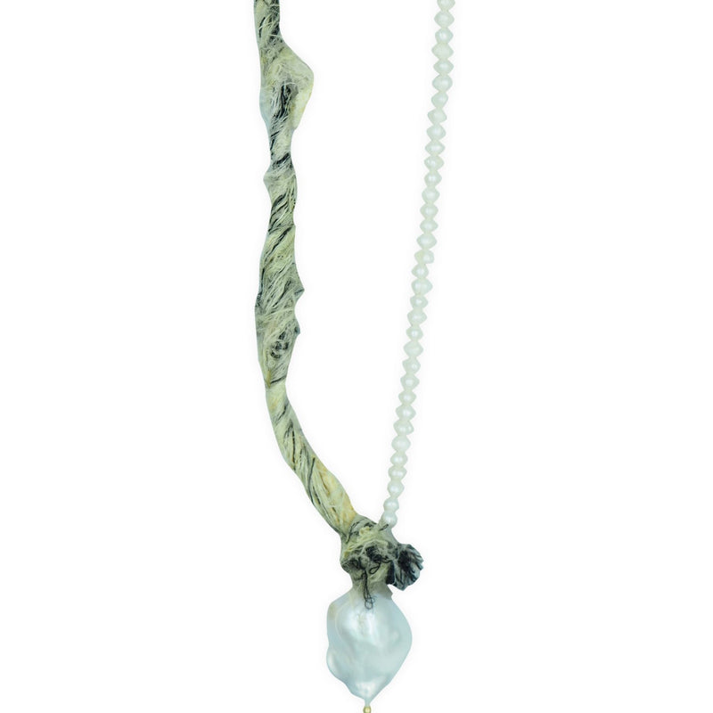 Mother Pearl Mint Yarn Necklace