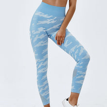 Load image into Gallery viewer, Hummingbird Camouflage High Rise Seamless Sports Set - Blue Leggings