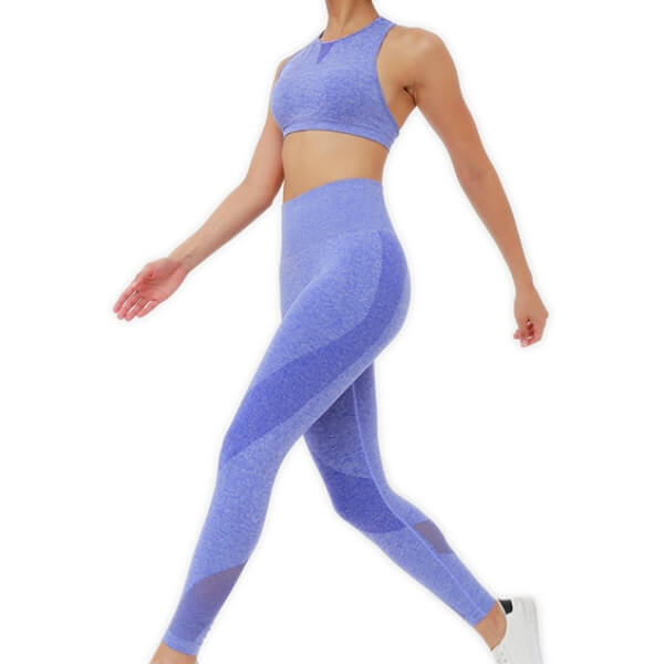 Hummingbird High Rise Seamless Sports Set - Blue - Front. Contouring on the leggings underlines your lower body curve. Perfect for medium to high impact activities.