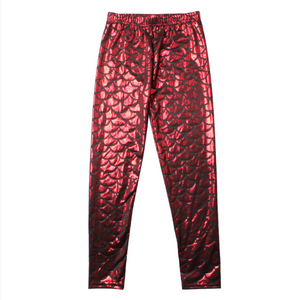 Complete the mermaid look with these Hummingbird Mermaid Metallic Fish Scale Print Leggings For Kids - Red, featuring a metallic sheen, stretchy and comfortable material and an elastic waistband. Perfect as a part of a Halloween cosplay costume, an under-the-sea party, Christmas or casual wear. These Mermaid Metallic Fish Scale Print Leggings For Kids belong to our Halloween Specials collection.
