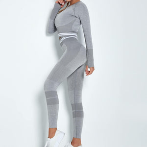 Reach your full potential this fall/winter with Hummingbird Performance Seamless Gym Yoga Leggings - Grey. Featuring geometric and across the board stripe detailing, these leggings demonstrate feminine strength and energy. High-rise fitted with widened waistband. Seamless knitted fabrication reduces chafing and is camel toe free. Perfect for all sorts of indoor and outdoor activities, as well as an athleisure feel. Complete the look with our Performance Seamless Biker Shorts Set.