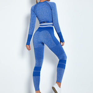 Reach your full potential this fall/winter with Hummingbird Performance Seamless Gym Yoga Leggings - Blue. Featuring geometric and across the board stripe detailing, these leggings demonstrate feminine strength and energy. High-rise fitted with widened waistband. Seamless knitted fabrication reduces chafing and is camel toe free. Perfect for all sorts of indoor and outdoor activities, as well as an athleisure feel. Complete the look with our Performance Seamless Biker Shorts Set.
