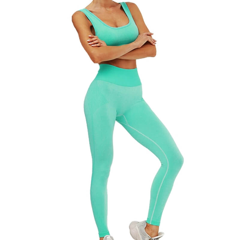 Hummingbird Solid & Striped Seamless Sports Set - Neon Green comes as a flattering crop tank top sports bra with square neck and low cut back, and a pair of high waisted leggings.