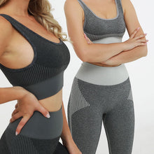 Load image into Gallery viewer, Hummingbird Solid & Striped Seamless Sports Set comes as a flattering crop tank top sports bra with square neck and low cut back, and a pair of high waisted leggings.