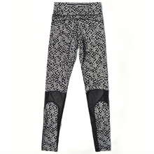 Load image into Gallery viewer, Static Print Mesh Cropped Leggings