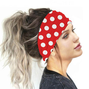 Hummingbird Vintage Printed Multifunctional Headband - Polka Dots Red offers a secure fit to hold your hair back, and along with moisture-wicking fabric, allows you to stay fresh and focused on your workout. Perfect for all sorts of workout activities. Also suitable for daily wear as a hair band, head wrap, bandana, face cover, morning makeup and nighttime moisturizing.