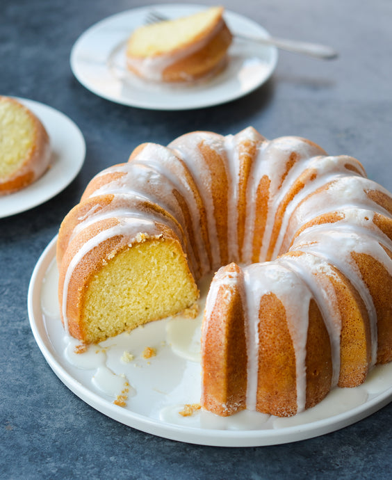 Lemon Bundt Cake Pound Cake