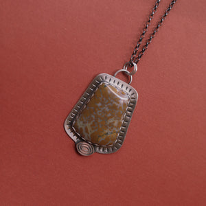 Sterling and agate pendant