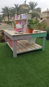 Back to back mud kitchen/gardening bench