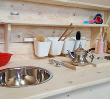 The naked DIY kitchen