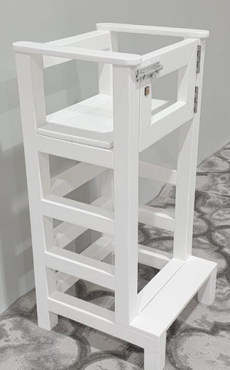 Grow with me sit - stand learning tower (with a door)