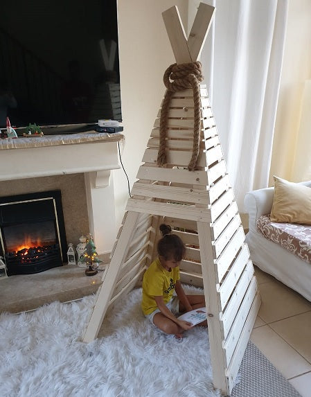 Indoor teepee tent