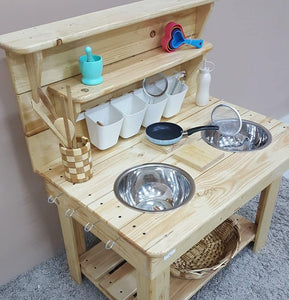 Bee Mud Kitchen