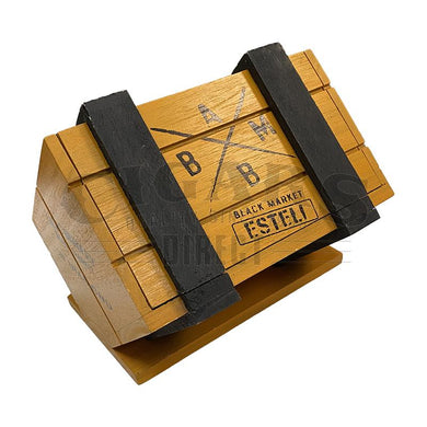 Alec Bradley Black Market Esteli Diamond Box Closed