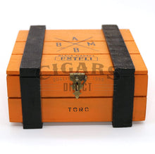 Load image into Gallery viewer, Alec Bradley Black Market Esteli Toro Closed Box