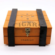 Load image into Gallery viewer, Alec Bradley Black Market Esteli Torpedo Closed Box