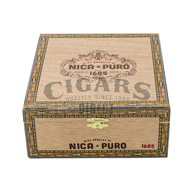 Alec Bradley Nica Puro Torpedo Box Closed