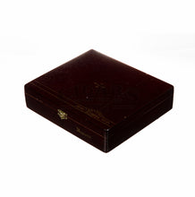 Load image into Gallery viewer, Alec Bradley Tempus Natural Magistri Box Closed