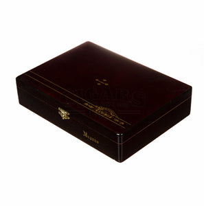 Alec Bradley Tempus Natural Magnus Box Closed