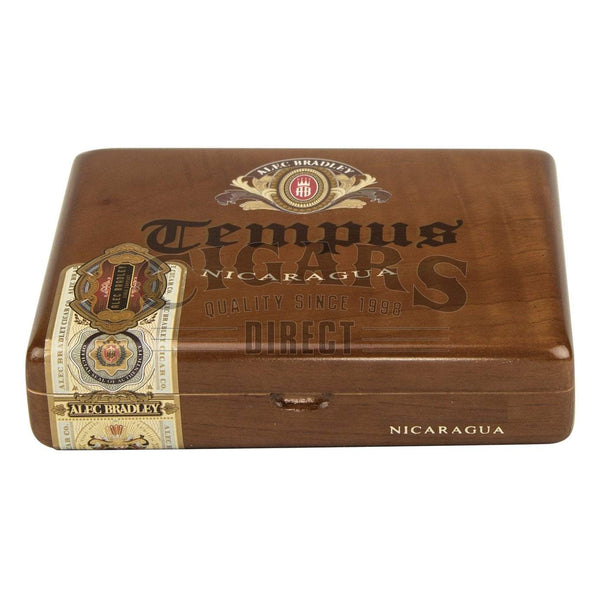 Load image into Gallery viewer, Alec Bradley Tempus Nicaragua Medius 6 Closed Box
