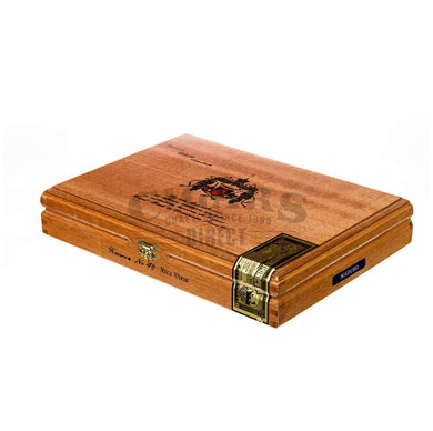 Arturo Fuente Anejo No 48 Box Closed