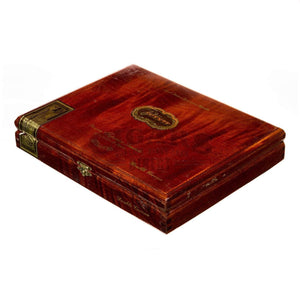 Arturo Fuente Casa Fuente Double Corona Box Closed