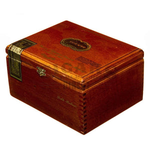 Arturo Fuente Casa Fuente Double Robusto Box Closed