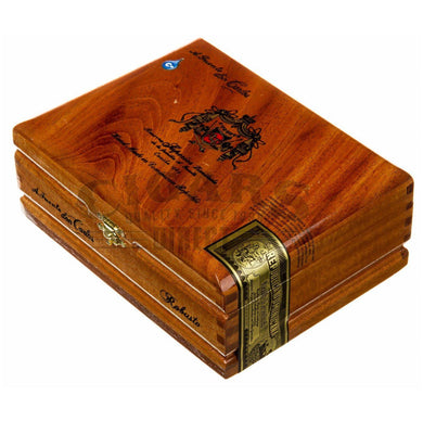 Arturo Fuente Don Carlos Robusto Box Closed