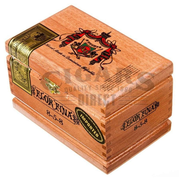 Load image into Gallery viewer, Arturo Fuente Gran Reserva Flor Fina 858 Maduro Box Closed