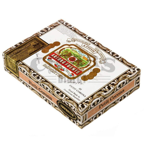 Load image into Gallery viewer, Arturo Fuente Gran Reserva Petit Corona Maduro Box Closed