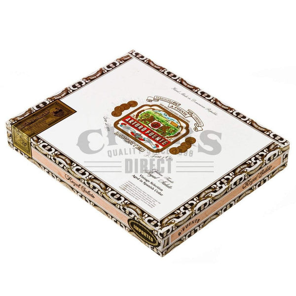 Load image into Gallery viewer, Arturo Fuente Gran Reserva Royal Salute Maduro Box Closed