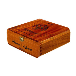 Arturo Fuente Hemingway Signature Box Closed