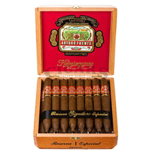 Load image into Gallery viewer, Arturo Fuente Hemingway Signature Box Open