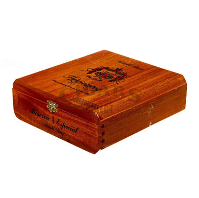 Arturo Fuente Hemingway Untold Story Box Closed