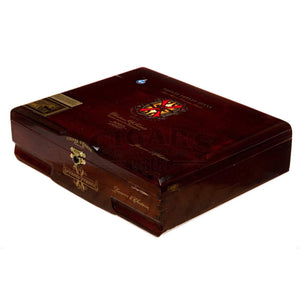 Arturo Fuente Opus X Reserva D'Chateau Box Closed