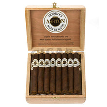Load image into Gallery viewer, Ashton Aged Maduro No20 Box Open