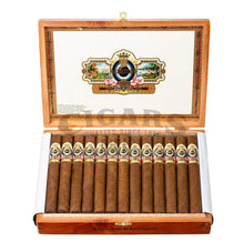 Load image into Gallery viewer, Ashton Esg 20 Year Salute Churchill Box Open