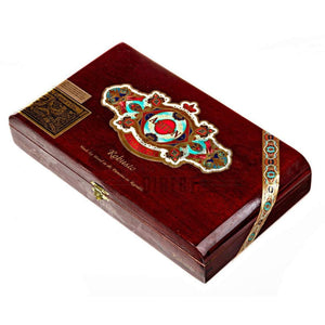 Ashton Symmetry Robusto Box Closed