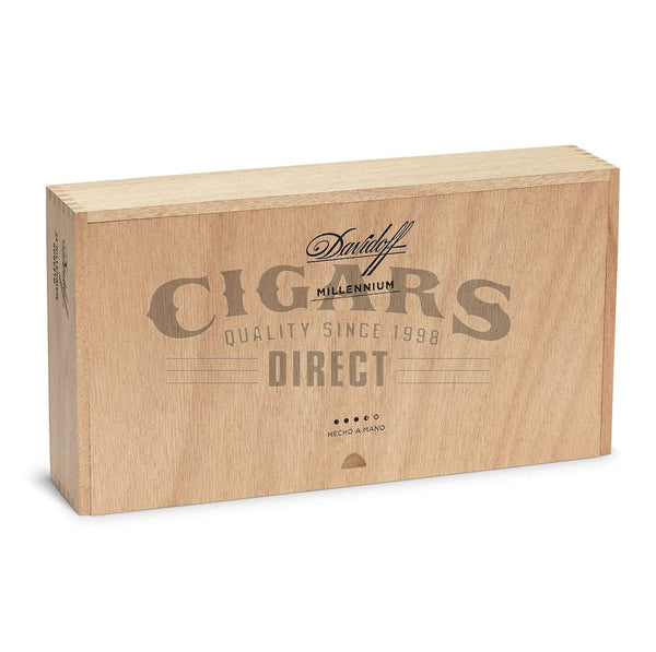 Load image into Gallery viewer, Davidoff Millennium Blend Series Short Robusto Closed Box