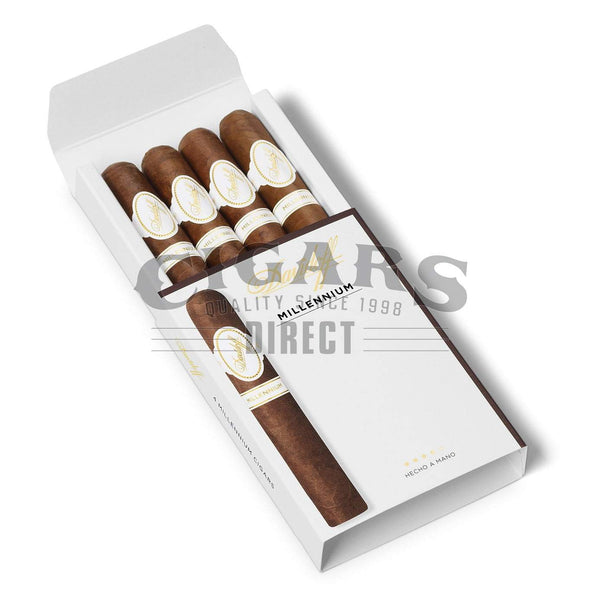 Load image into Gallery viewer, Davidoff Millennium Blend Series Short Robusto Sampler